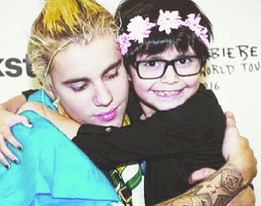 Justin Bieber: Ha comentado sobre la depresión y el peso que imponen las expectativas sobre su persona, haciéndole sentir deprimido y aislado. (WGSN)