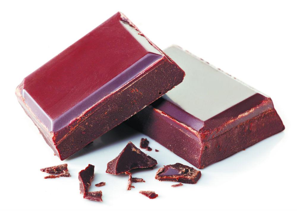 Chocolate negro: mejora los niveles de insulina y reduce el azúcar en la sangre. (Archivo)