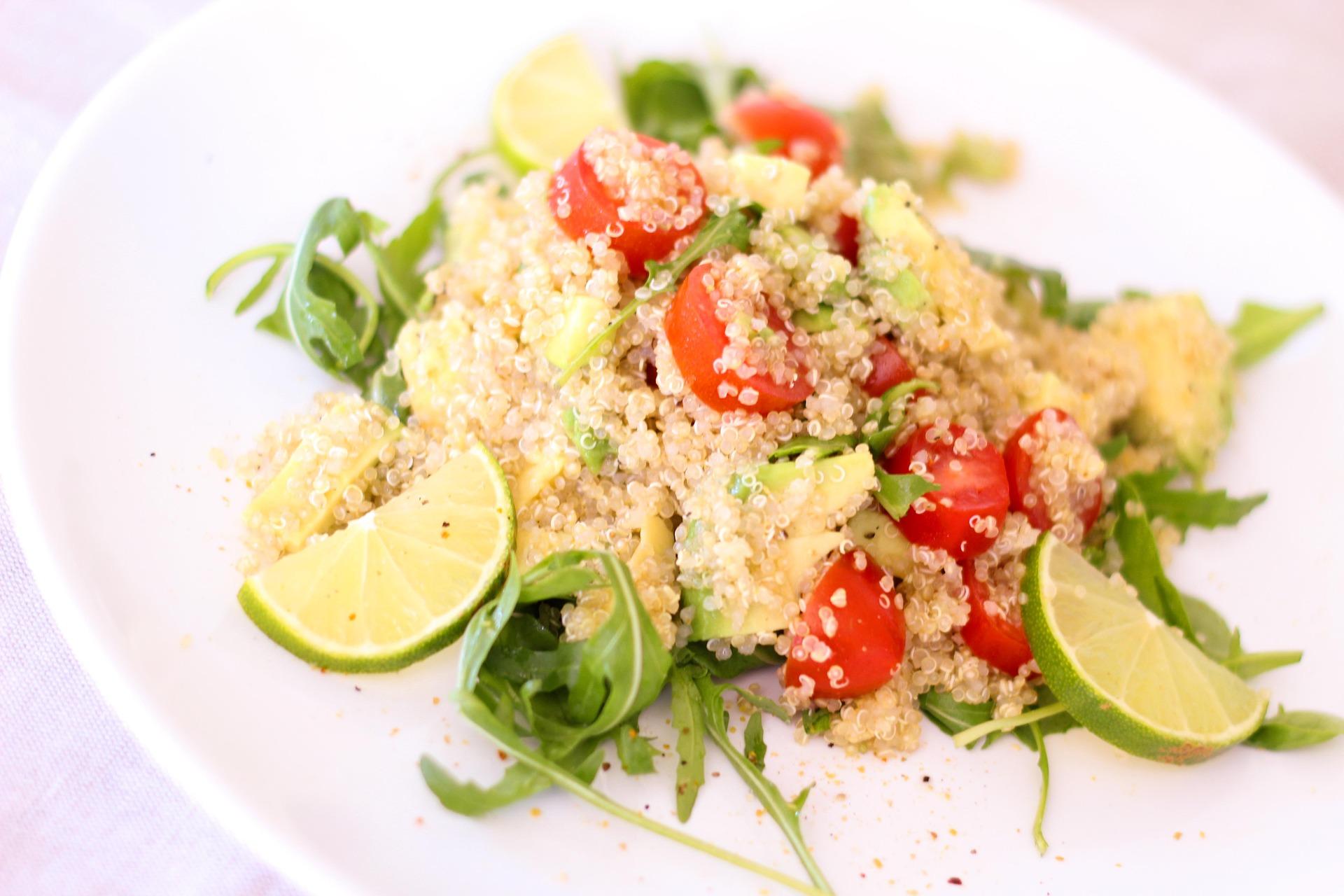 La quinoa es un alimento permitido en la dieta FODMAP. (Bernadette Wurzinger / Pixabay)