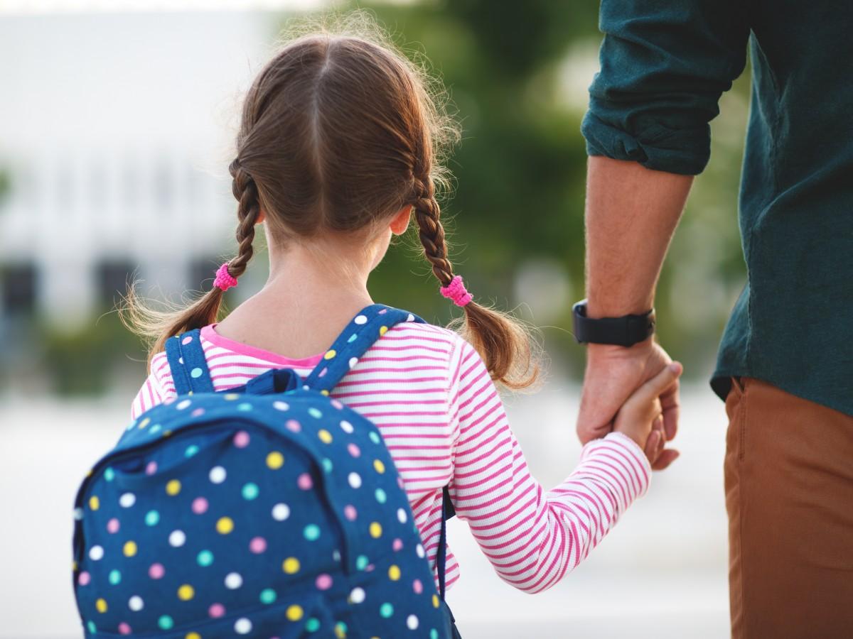 Consejos para ayudar a tu niño si va para una nueva escuela
