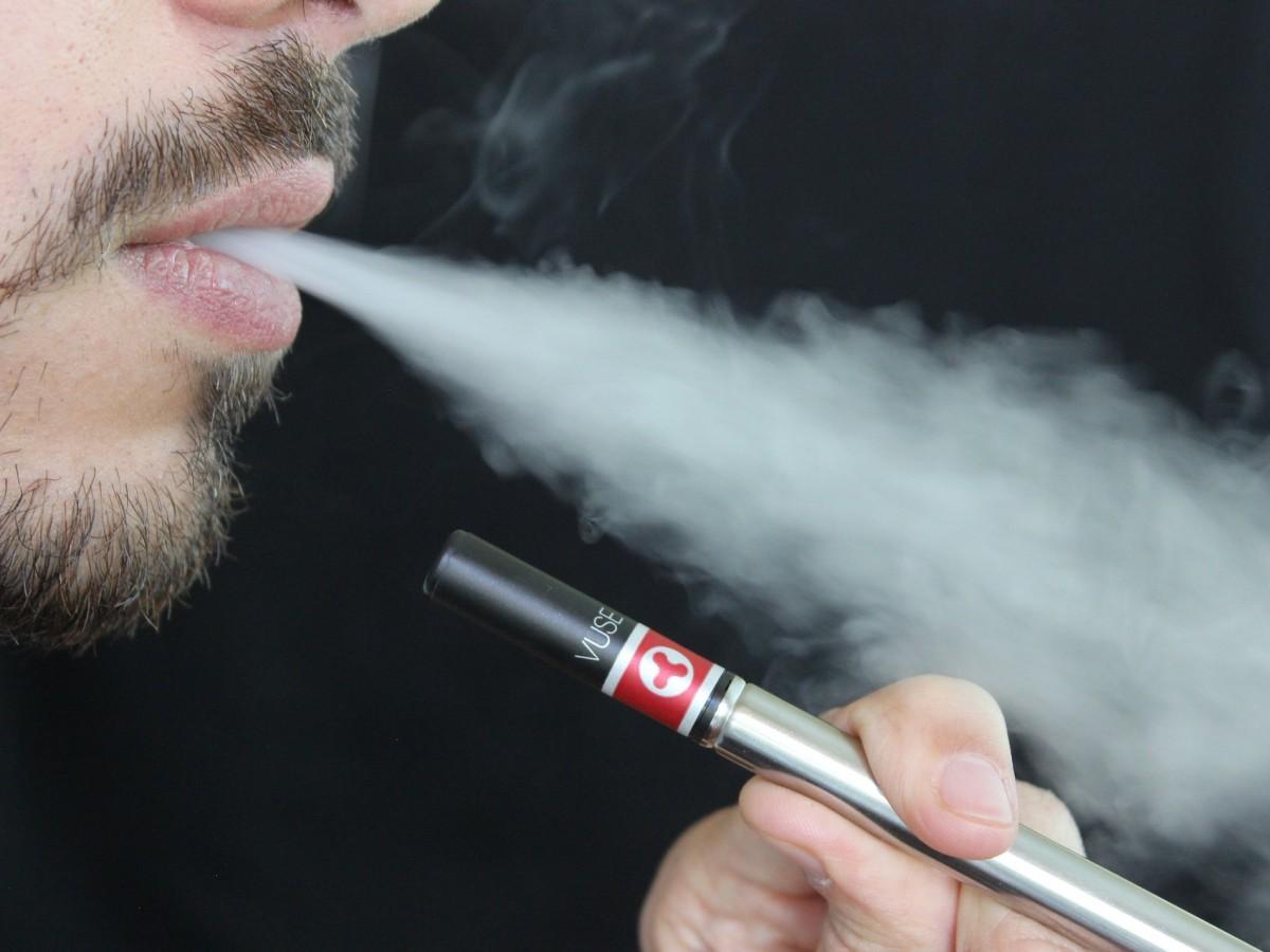Enfermedad pulmonar por vapeo estaría relacionada con cannabis