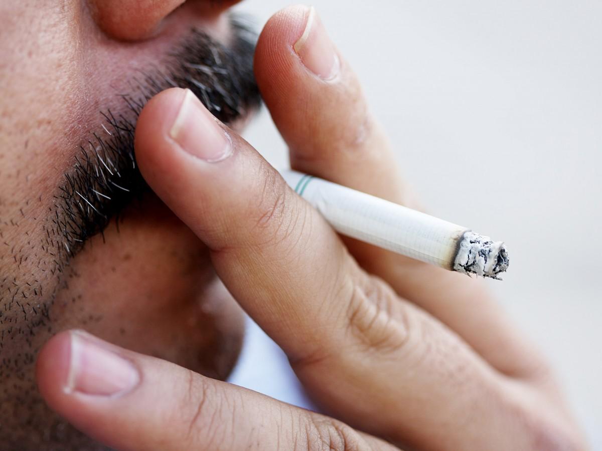 Nueva York aumenta la edad mínima para fumar