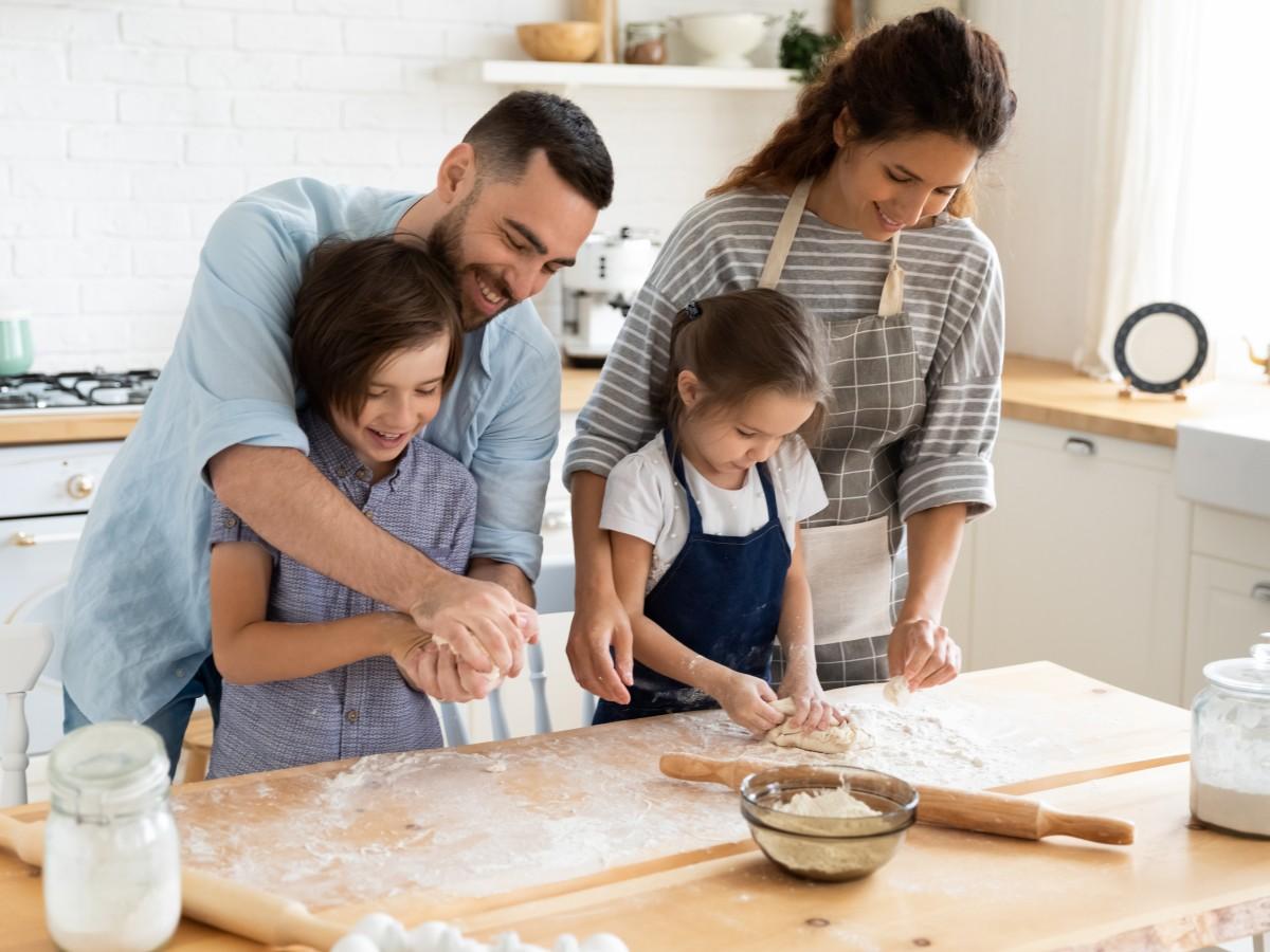 El coronavirus acelera los cambios en los roles de los padres