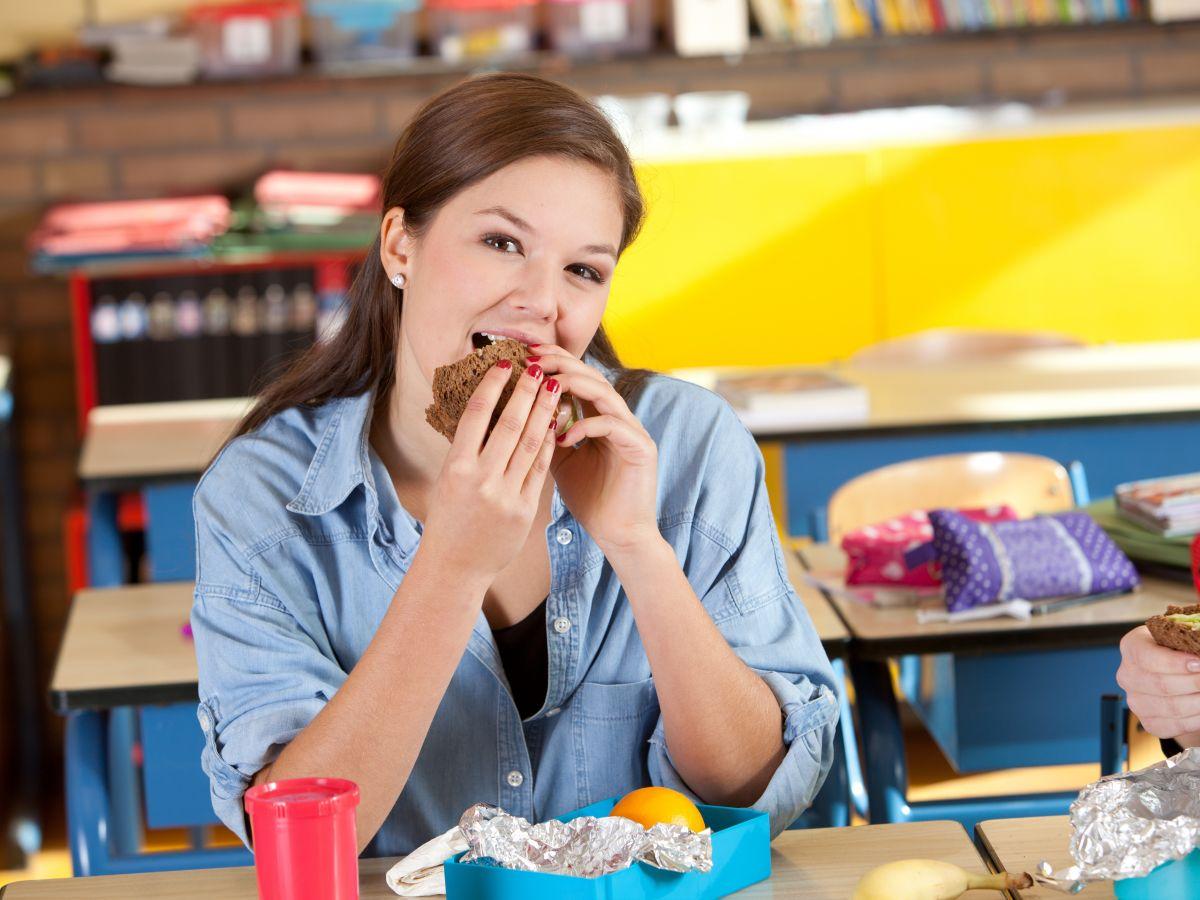 6 consejos para lograr una alimentación saludable en el trabajo