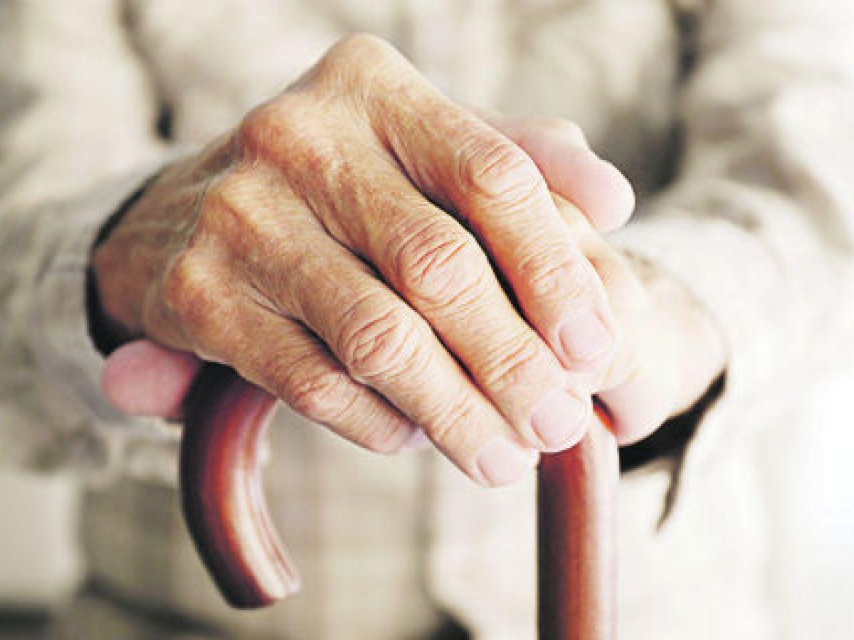 Gastan más en salud los adultos mayores
