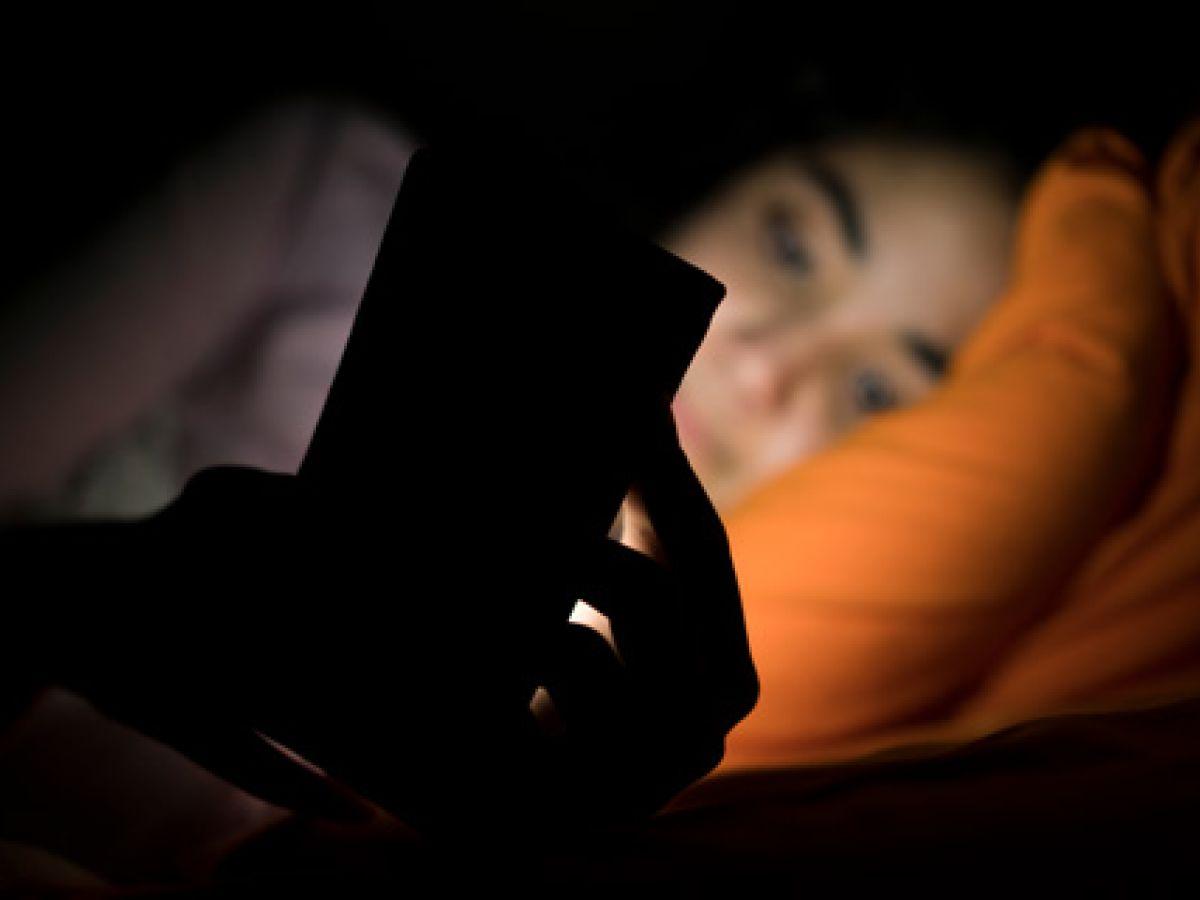 """El """"insomnio tecnológico"""" afecta cada vez más a niños y jóvenes"""