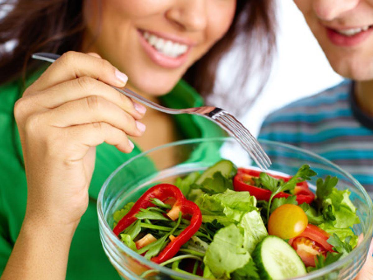 Una alimentación saludable beneficia la fertilidad de la pareja