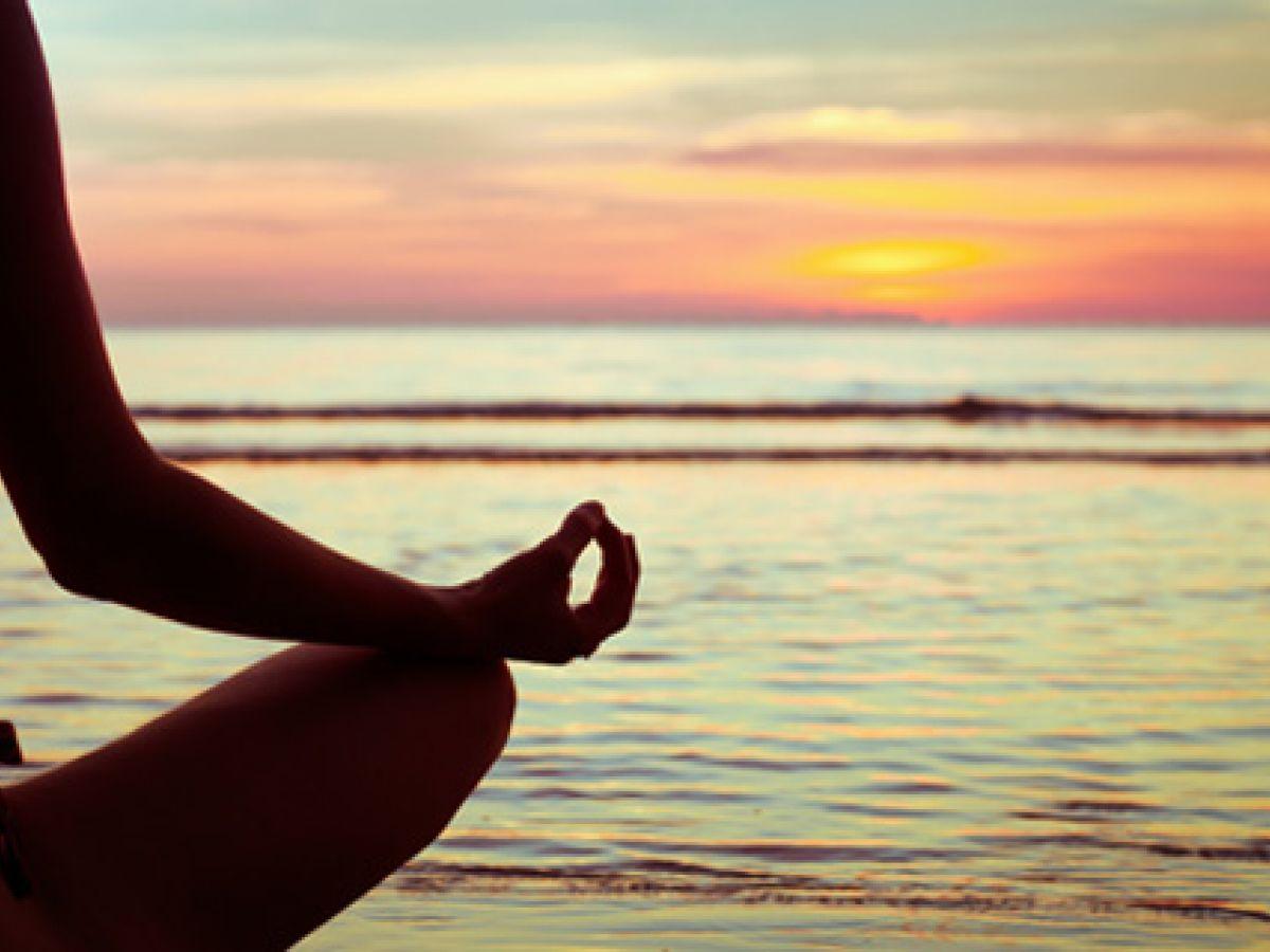 El yoga, una alternativa para tratar enfermedades musculares y en los huesos