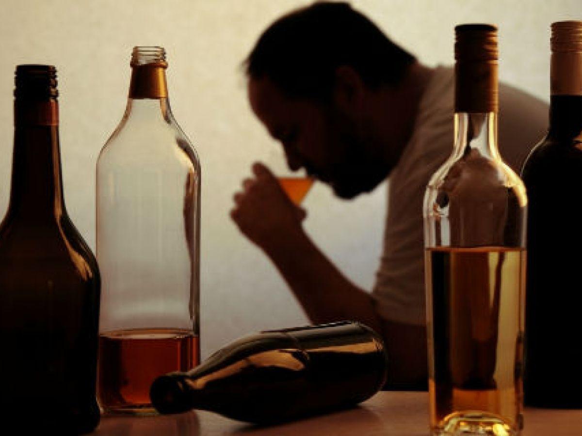 Señales para detectar un posible alcohólico