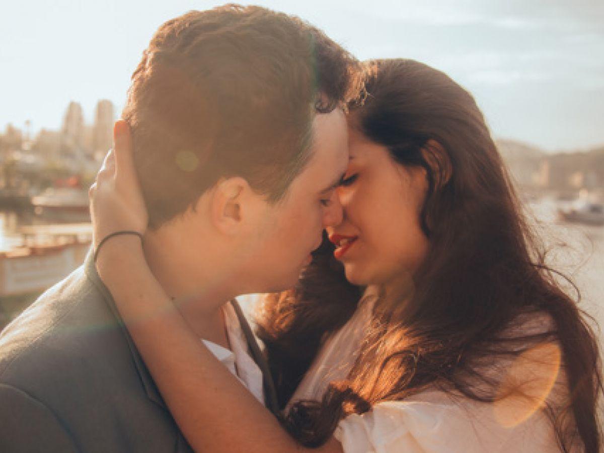 7 buenas razones para besar más seguido