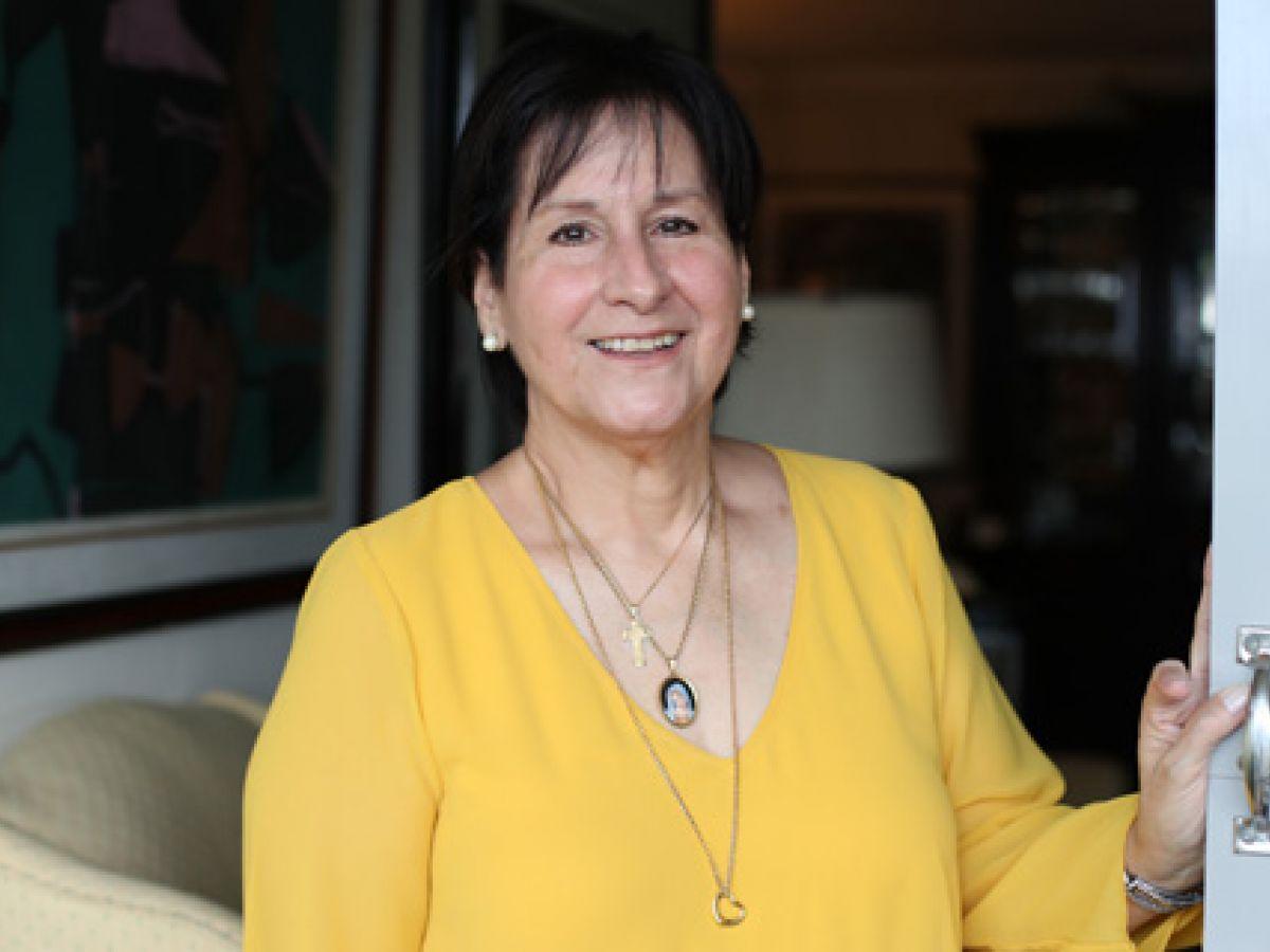 Una paciente narra su experiencia para lograr un trasplante de hígado y riñón