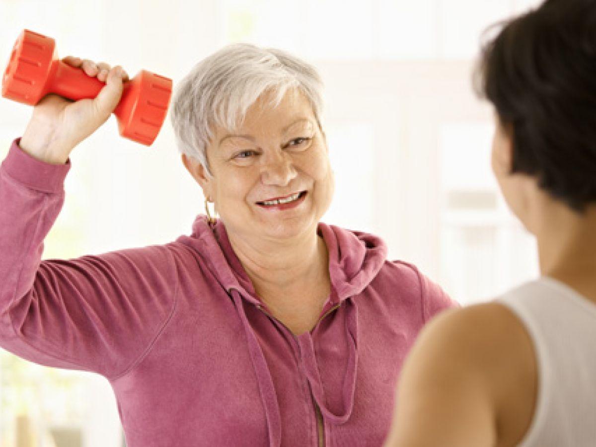 Una baja masa muscular favorece las caídas y otras patologías