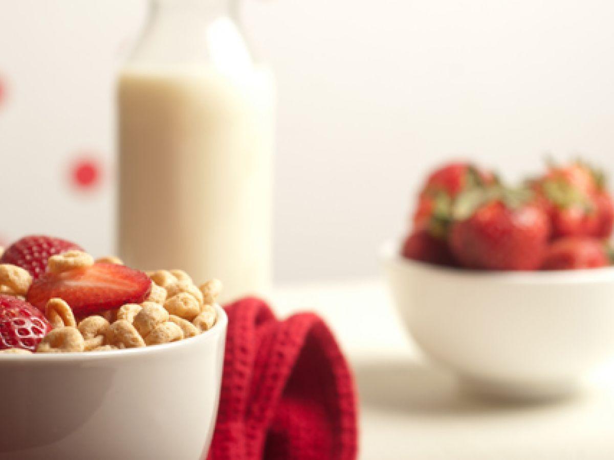 Beneficios de incluir fresas en el desayuno