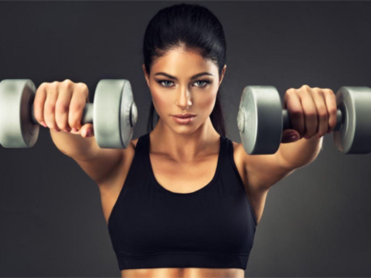 Sigue estos consejos para mejorar los ejercicios con pesas