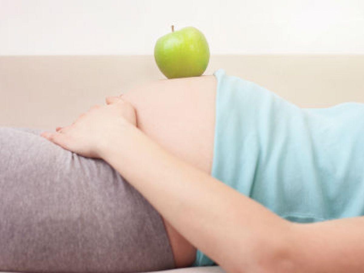 Alimentos que debes incluir o eliminar de la dieta si buscas quedar embarazada