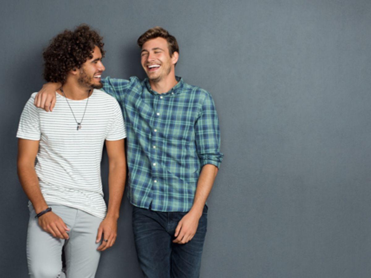 Amigos cercanos en la adolescencia mejoran salud mental en vida adulta
