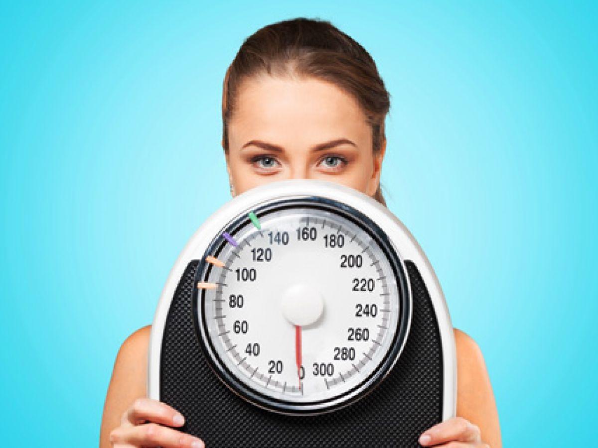 ¿Por qué cuesta más bajar de peso después de los 30?