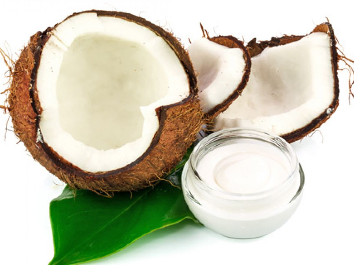 Profesora de Harvard se lanza contra el aceite de coco