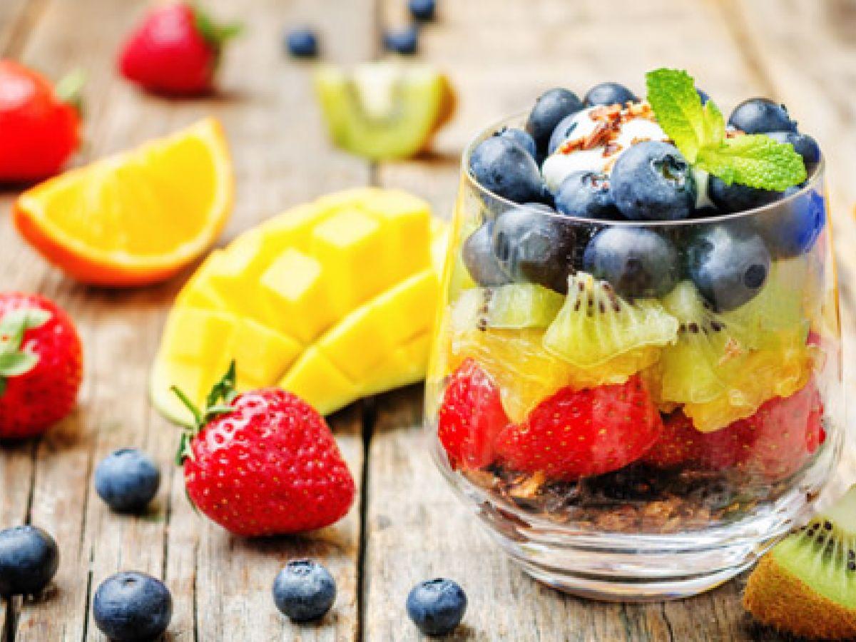 ¿Con resaca? 6 alimentos que te ayudarán a superarla