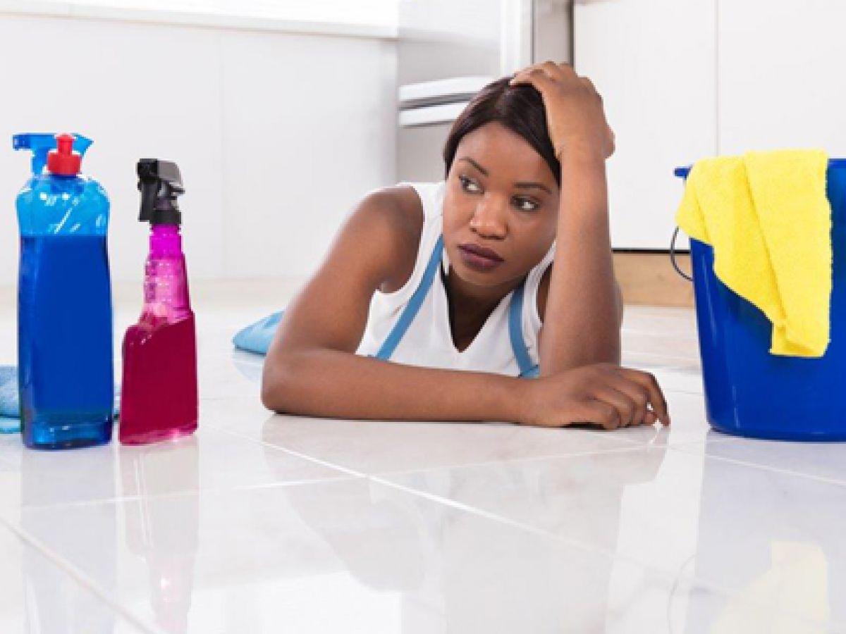 Estudio asegura que el trabajo doméstico deteriora el bienestar y la salud mental de las mujeres
