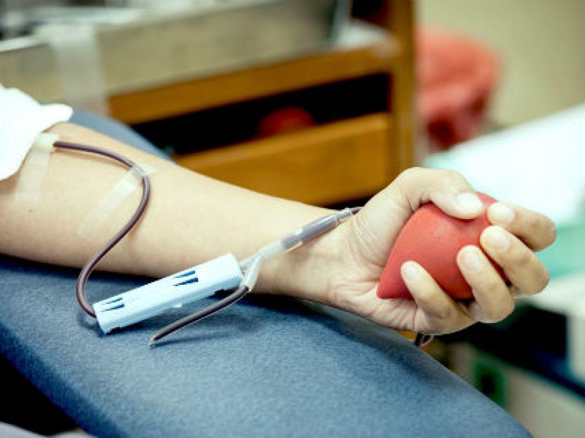 Donar sangre ahora y a menudo