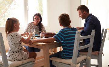 Las familias felices siguen 5 leyes