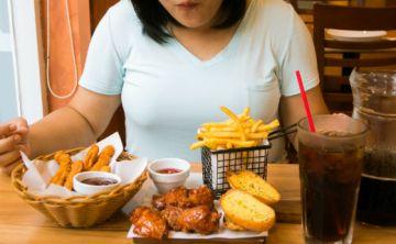 La OMS propone reducir a menos de 10% ácidos grasos saturados y a menos 1% los trans