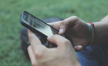 Celulares y redes sociales, enemigos del sueño de los adolescentes
