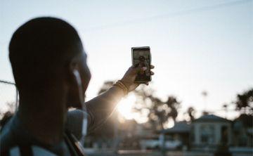 Las redes sociales fuerzan a los niños a crearse una identidad desde pequeños