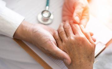 Descubren enlace entre la artritis reumatoide y los productos vacunos infectados