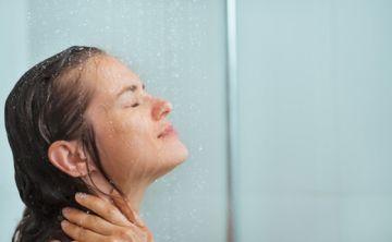 Qué tan seguido tienes que bañarte, según la ciencia
