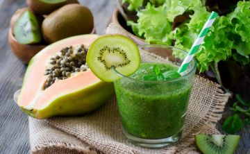Conoce los beneficios de los batidos verdes para tu salud