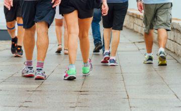 Caminar 10,000 pasos al día no tiene por qué suponer ventajas para la salud