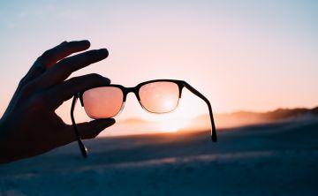 Gafas de sol: ¿por qué son tan importantes y cómo elegir las correctas?