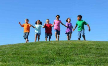 Lo bueno de que los niños pasen más tiempo al aire libre