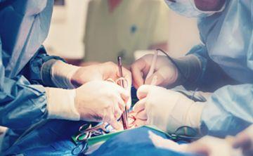 Descubren un gel adhesivo que cura heridas en las arterias y el corazón